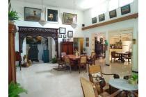(RE)Rumah Ciamik Bangunan Siap Huni Full Furnish Kayu Jati di Darmo Sentosa