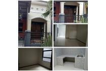 Rumah Dijual Cepat Lokasi Strategis di Jl.PPS Suci Manyar Gresik