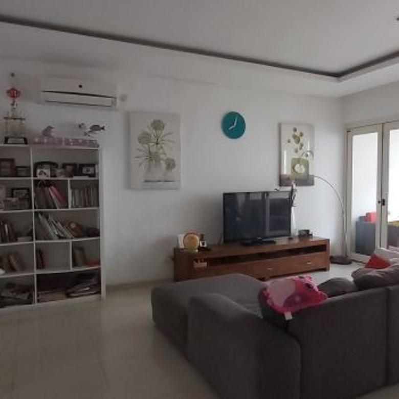 Rumah Dijual di Serenia Hills, Lebak Bulus,Siap Huni,3 BR, SHM