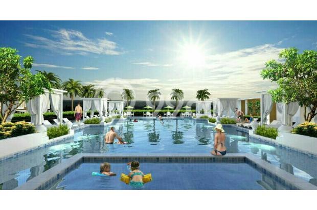 swimming pool 16359147