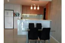 Disewakan cepat Apartemen St. Moritz Tower Royal Suite 3 BR full furnished