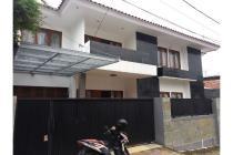 Dijual Rumah dalam kompleks bagus di, Tn. Kusir, kebayoran lama, Jakarta Se