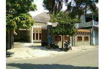 Rumah Mewah Besar Lt : 320m2 Dekat Five Hotel Solo