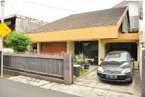 Dijual Cepat Tanah + Bangunan di Senopati, Jakarta Selatan