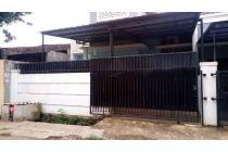 Rumah di Komplek Alvita, Sawah Baru, Ciputat, Tangerang Selatan