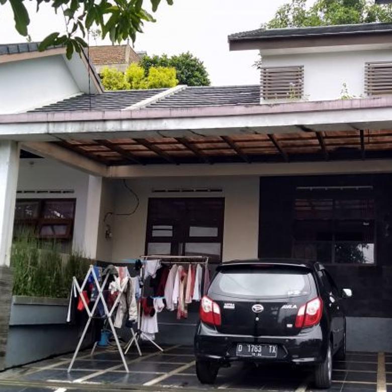 Dijual Rumah Bebas Banjir Dalam Komplek Cihanjuang