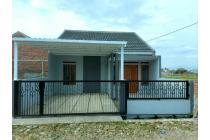 Rumah dengan view pegunungan dan sawah