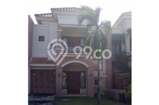 rumah classic modern di lingkungan elit one gate system 8571493