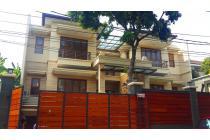 Rumah Minimalis Jakarta Selatan