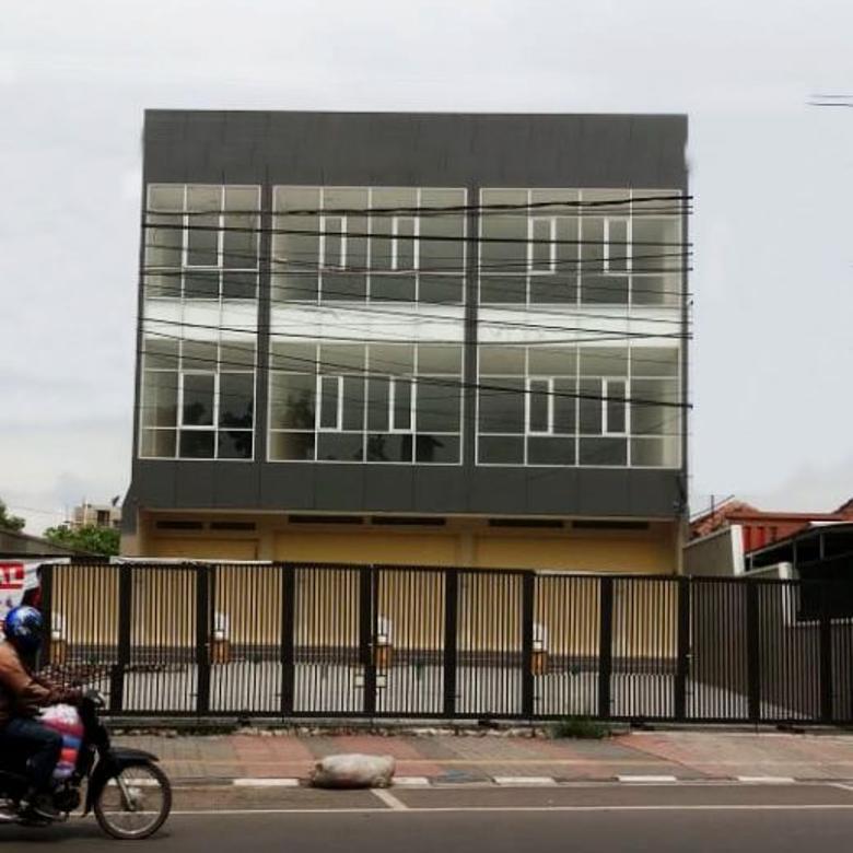 Bangunan komersial strategis mainroad kota bandung
