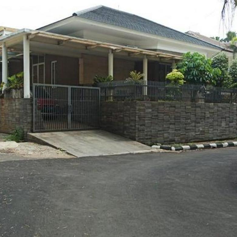 Rumah Cantik Asri Nyaman di Jl. Ampera Raya, Ragunan, Ps. Minggu Jakarta Selatan