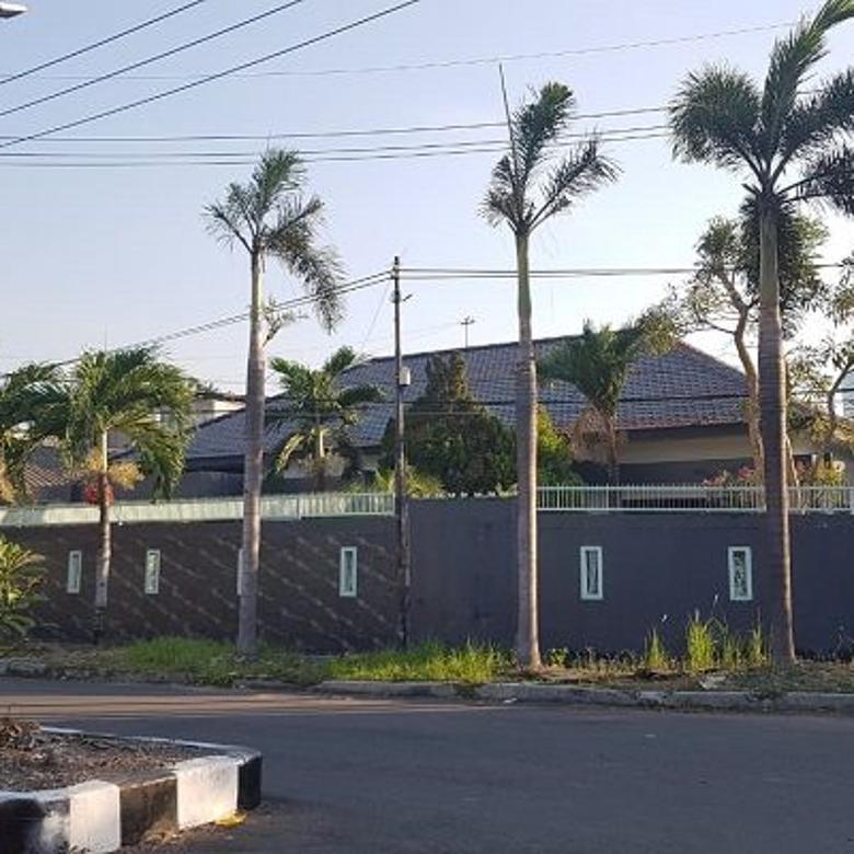 Rumha bagus lingkungan elit di Kupang Indah 10