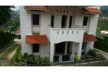 Vila-Bandung-28