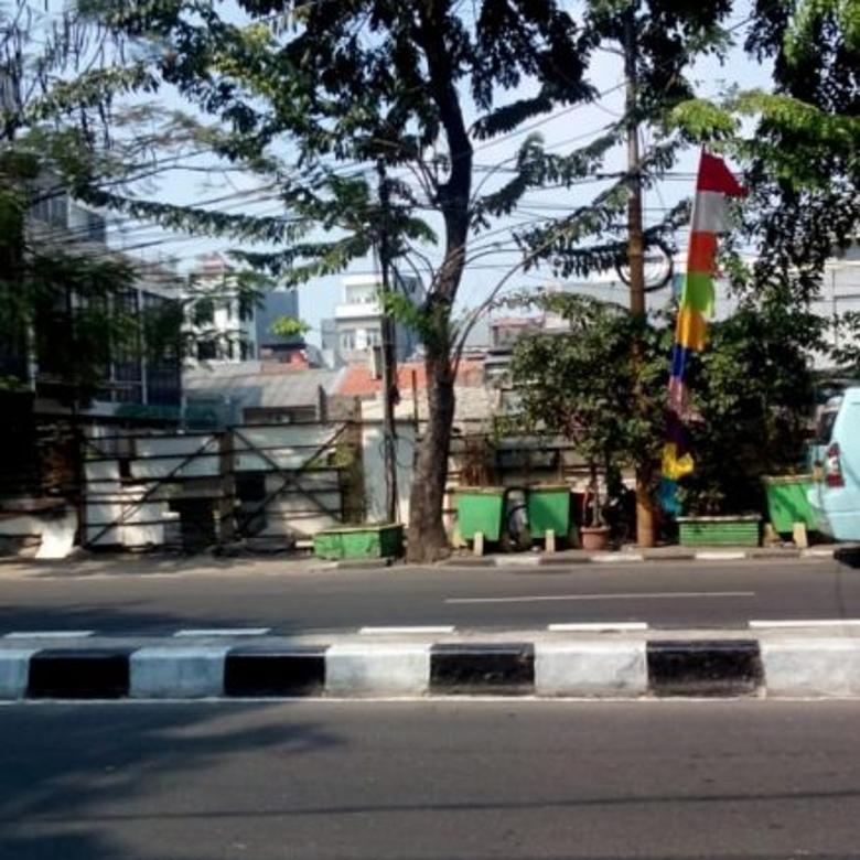 Tanah Kosong di Jl. KH Mas Mansyur (Jembatan Lima),
