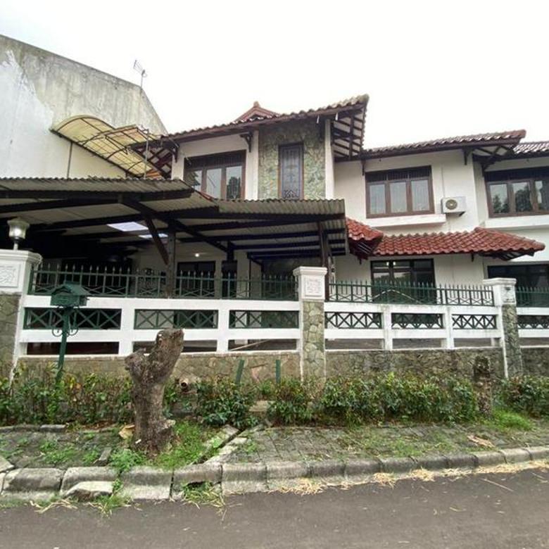 Rumah Terawat Bangunan 2 Lantai Siap Huni di Puri Cinere