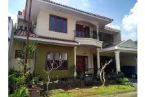 Rumah berkonsep mewah murah didalam komplek Bintaro sektor 9 Tangerang