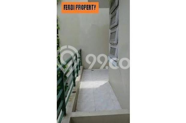 Rumah nyaman 2 lantai oke Lt 300 m2 Lb 322 m2 Raffles Hills Cibubur 7671532
