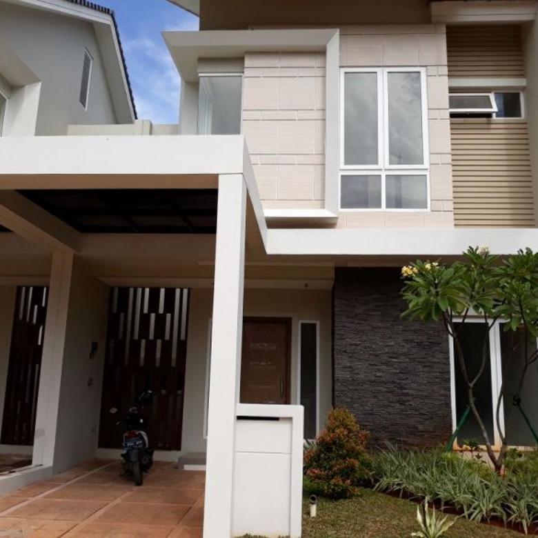 rumah dengan kondisi sangat bagus