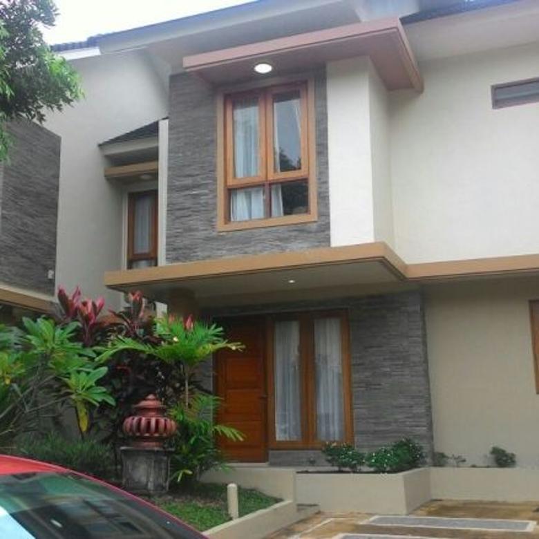 rumah villa panbil cantik dan asri