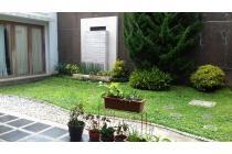 rumah pasteur bandung, semi furnished garden depan belakang