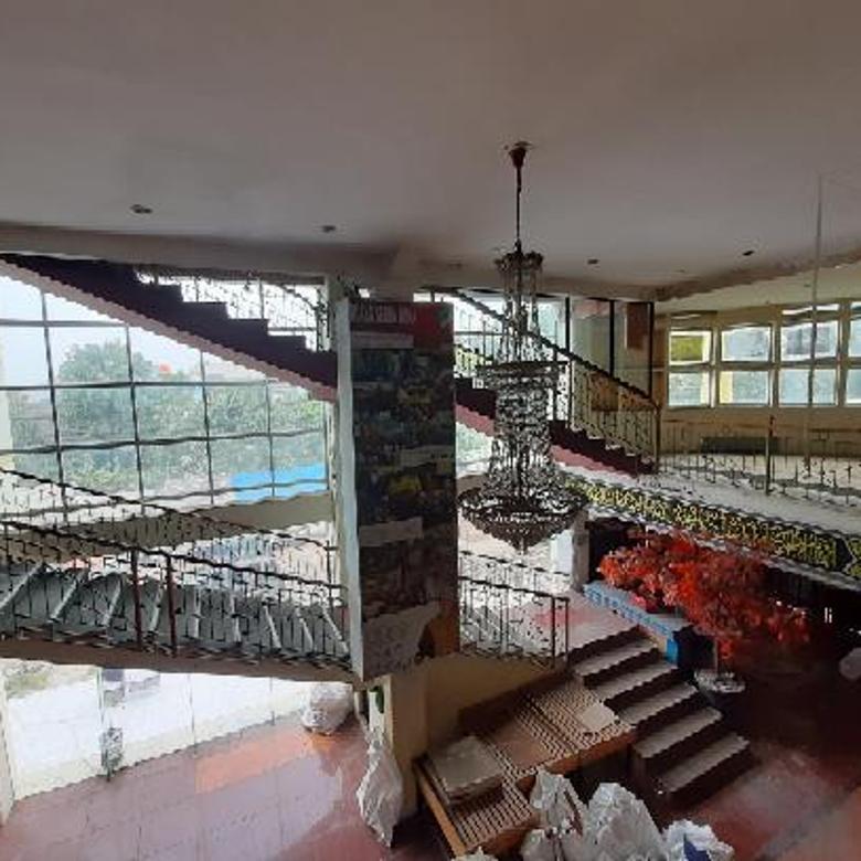 Turun Harga!!! Nego sampai jadi!!  Murah!! Gedung Di Mainroad BKR, Bandung