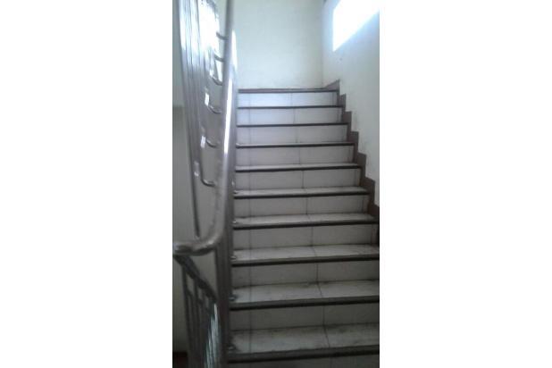 Rumah DP Ringan 4 Lantai Lokasi di Jakarta Pusat 15893727