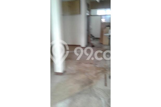 Rumah DP Ringan 4 Lantai Lokasi di Jakarta Pusat 15893729