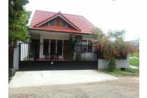 Rumah cantik asri Bandung Utara
