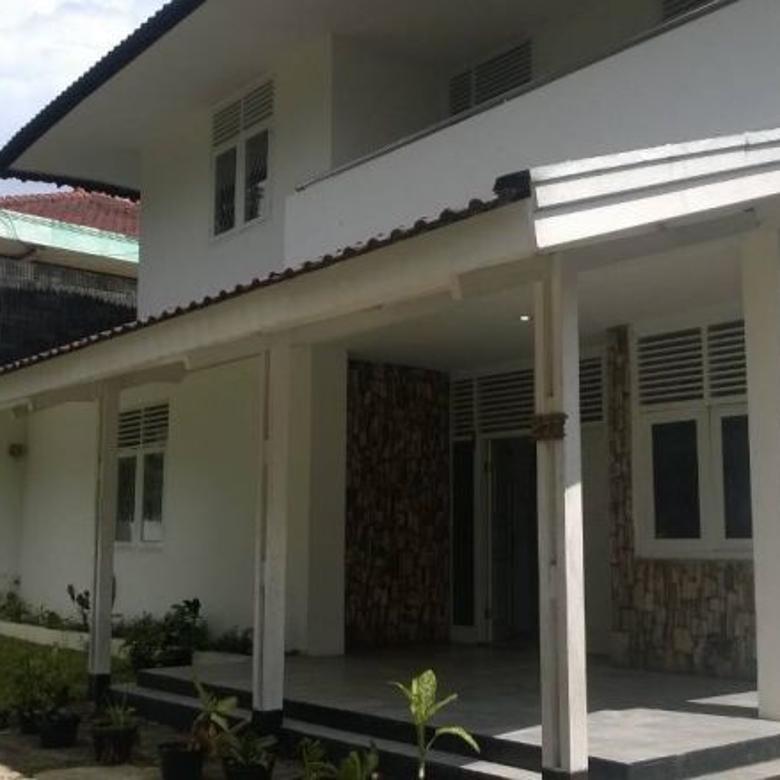 Rumah Mainroad Dago Dekat Dengan Simpang Dago