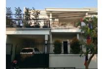DIJUAL Rumah kondisi bagus, hadap Barat di Kebun Jeruk (GA13953-DK)