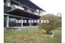 Rumah mewah Dago pakar resort Taman luas. View bandung & Golf