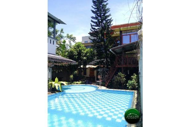 Rumah Mewah dengan Kolam Renang jalan Umbul Permai ( RN 08 ) 18427649