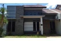 Rumah di kompleks dekat panjitilar