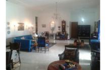 Jual Rumah Nuansa Villa Di Sariwangi Bandung, Lokasi dekat Kampus Polban