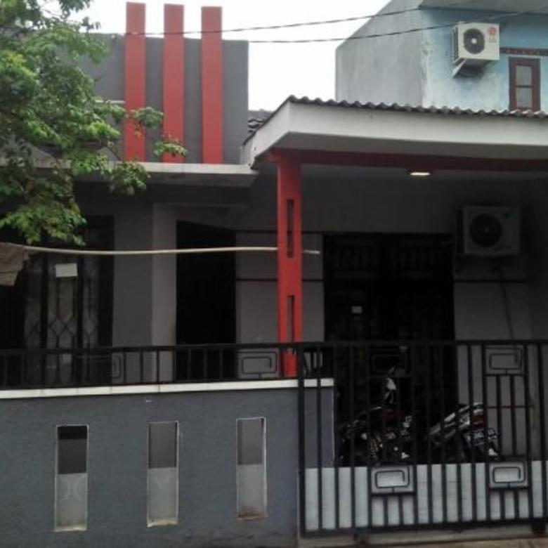 Rumah di harapan indah B3056