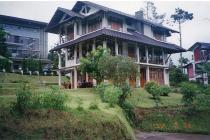 Rumah Semi Furnished Villa Istana Bunga Lembang Bandung