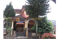 Dijual Hunian Asri Rangka Kayu Jati Daerah Riverside