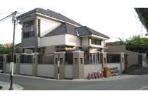 Rumah Mewah Banjarsari dekat Manahan Solo