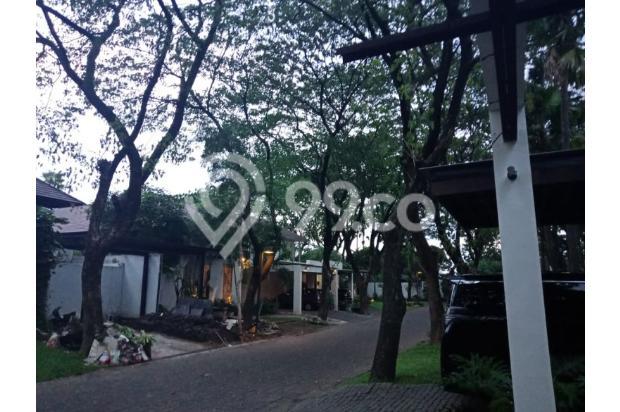 Rumah ISEN Ciamik! Lingkungan Mewah Full furnish! Ada Swimming pool 22611730
