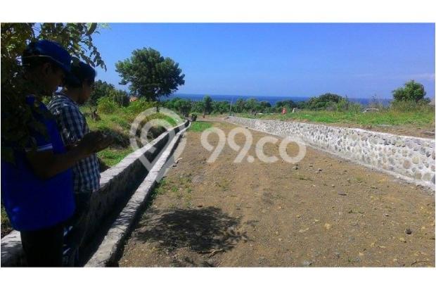 Tulamben Ocean and Mountain View 7610602