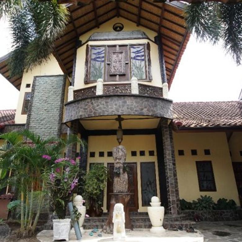 Rumah mewah semi villa di  Sandik Batu Layar