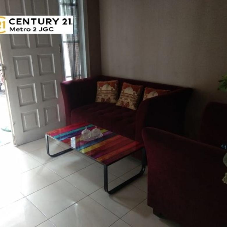 Dijual rumah strategis di Royal Residence Jakarta Timur