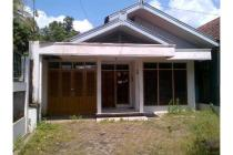 Rumah lb/lt 150/207, 8 kamar dekat RS Margono, Fak Kedokteran