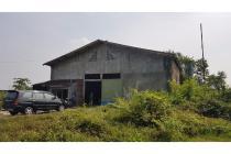 Gudang dengan Tanah 4500 m2, Masaran, Sragen, Jawa Tengah