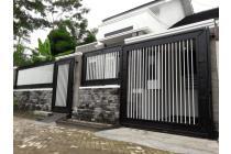 Villa/Rumah Mewah Kawasan Perumahan Elit Di Kota Malang
