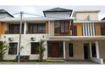 Rumah Modern Minimalis Di Pusat Kota Denpasar 20 Meter dari Jalan Raya