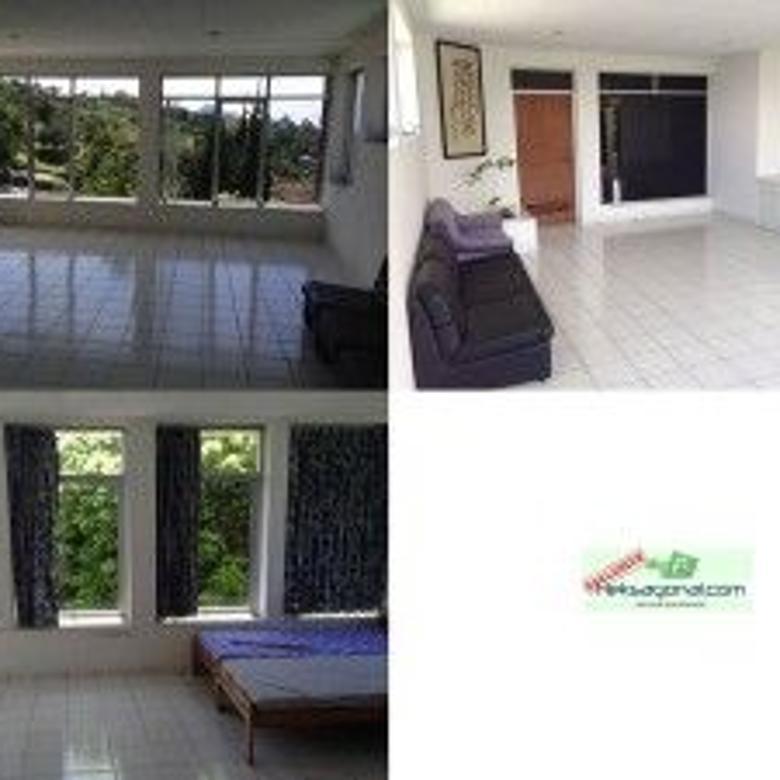 Villa dijual di secapa bandung hks5590
