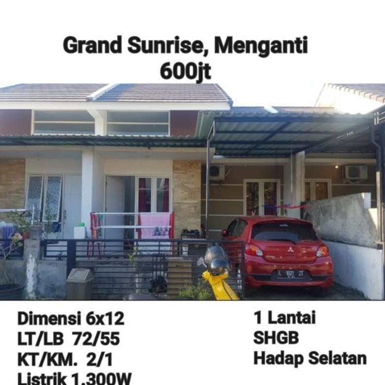 Rumah Grand Sunrise Menganti Terawat Bagus Murah Siap Huni