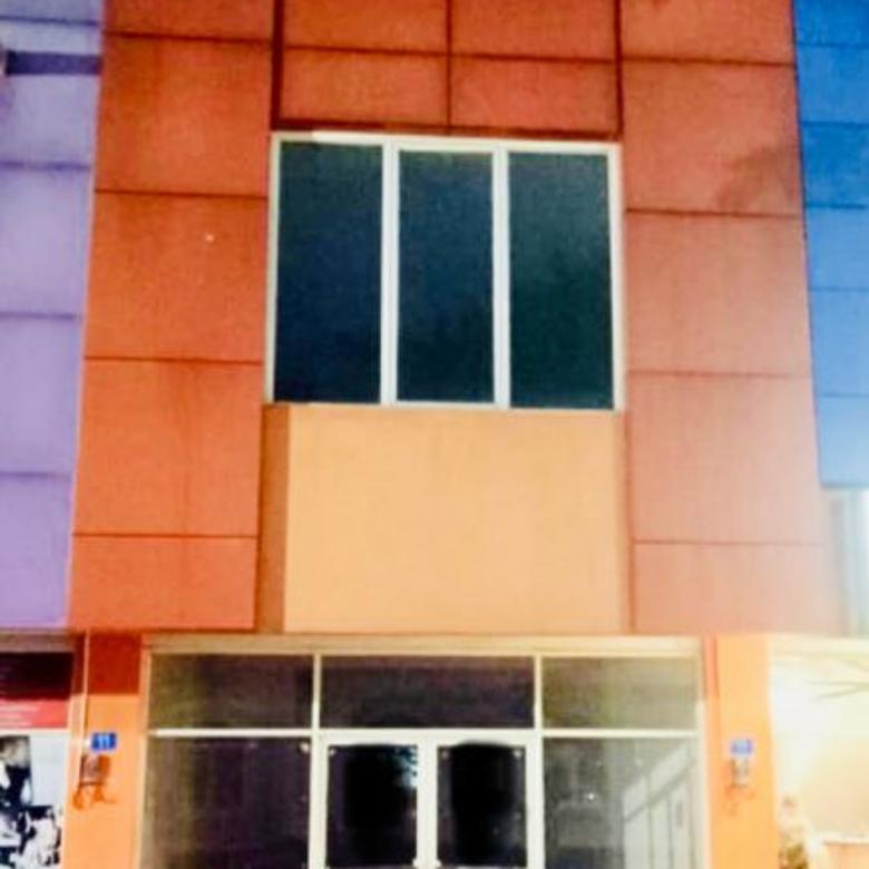 Ruko Patos Jual & Sewa East Cost Pakuwon City Square Bangunan STRATEGIS
