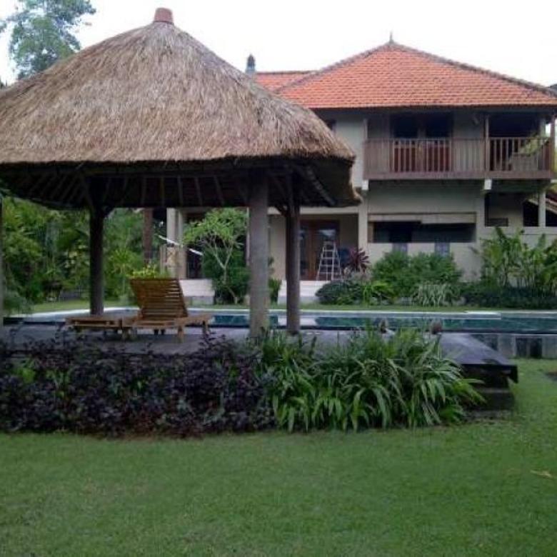 Dijual Tanah dan Villa di Daerah Resor Pantai Berawa, Canggu, Bali